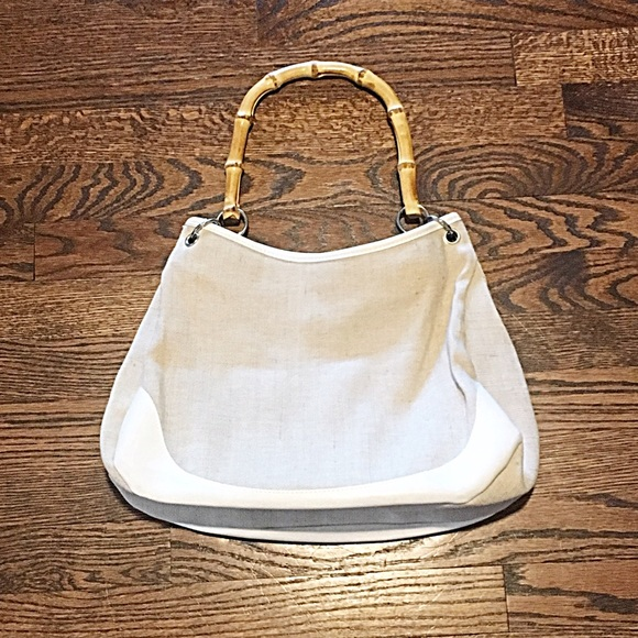 Handbags - 👜Cream Canvas Purse w/Bamboo Handles