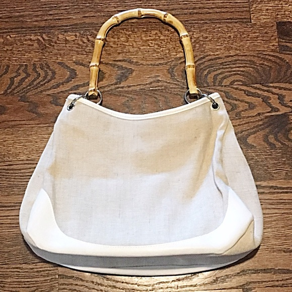 Bags - 👜Cream Canvas Purse w/Bamboo Handles