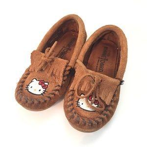 Minnetonka Other - Hello Kitty Minnnetonka Shoes Sz 9 toddler
