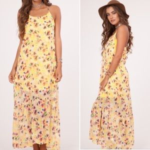 Dresses & Skirts - Arrived!!! Gorgeous yellow Floral Maxi