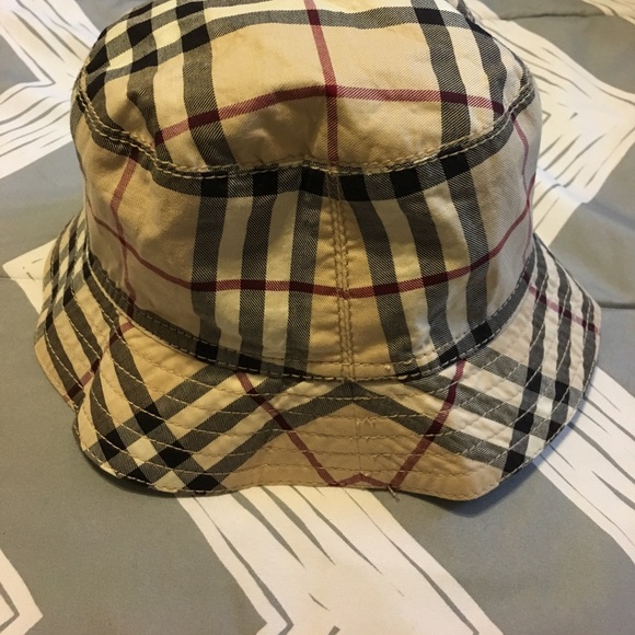 Burberry Accessories - Vintage Burberry Bucket Hat 10083cc4eb7