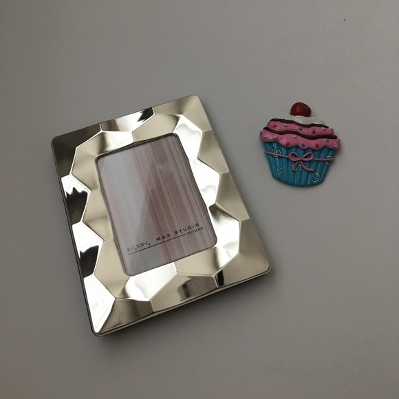 Max Studio Other Home Picture Frame Cupcake Magnet Poshmark
