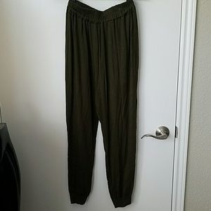 Foreign exchange  green drop crotch pants