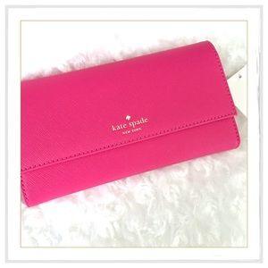 kate spade Handbags - 🛑SALE🛑Kate Spade Leather iPhone 7 /7 Plus Wallet