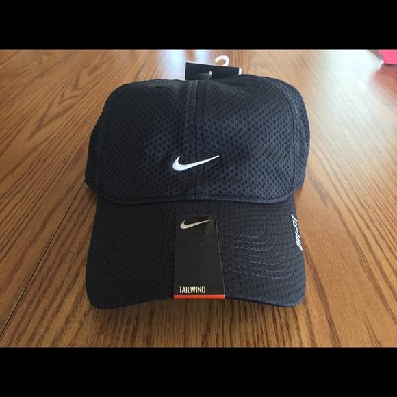 7c1c02e350993 Nike Tailwind Golf Dri-Fit Hat NWT