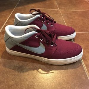 Nike Other - NWOT Men's Nike Casual Shoes
