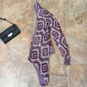 Sweaters - *MOVING SALE*BUY NOW* Patterned Cardigan