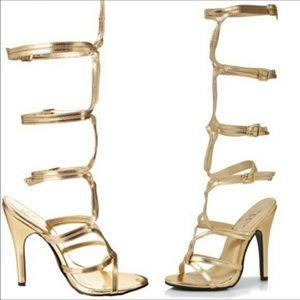Ellie Shoes - Nwot Ellie gold gladiator sandals