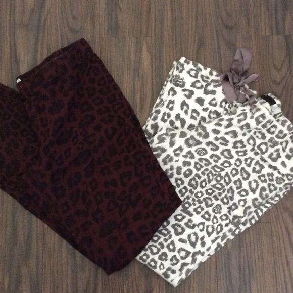 76dd600138 Fox pajama pants. M 5937237c2599fe6ab00197f3