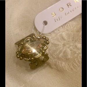 Sorrelli Jewelry - NWT ❤️SORRELLI CHAMPAGNE SWAROVSKI CRYSTAL RING ❤️