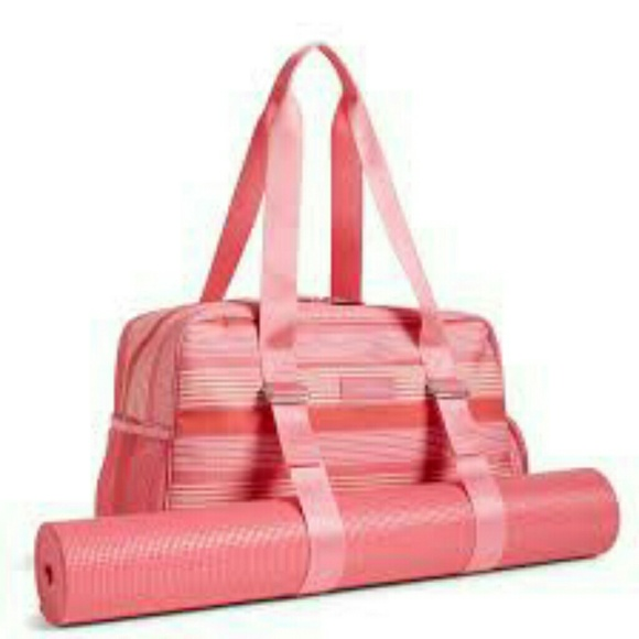 Gym Bag Vera Bradley: ⬇price Drop⬇ Yoga Sport/ Gym Bag 💖 From