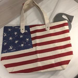 Handbags - NWT American Flag canvas like bag