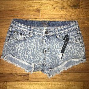 Pants - Women's jean shorts