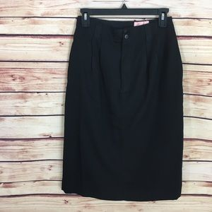 Jaclyn Smith Dresses & Skirts - ✨ Black pencil skirt