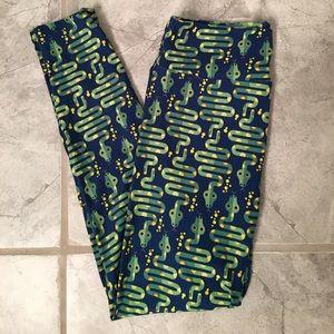 New Lularoe snake OS leggings