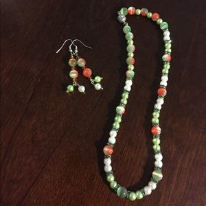 Jewelry - Set - necklace and earrings