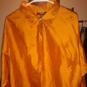 Tops - NWOT Chic Blouse