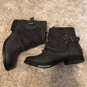 Not Rated Shoes - Not Rated Crotched Combat Boots