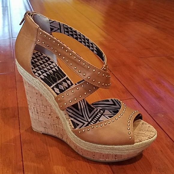 74f74ccc45c6 NWT- Super Cute Jessica Simpson Cork Wedge Sandals