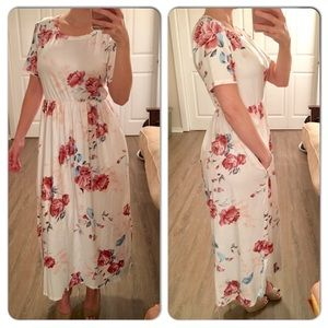 White Floral Midi Maxi Dress with pockets
