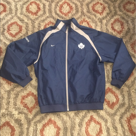 new arrival 73754 96453 Men's Nike Toronto Maple Leafs jacket