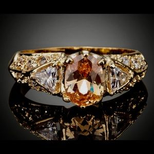 Nordstrom Jewelry - Gorgeous Amber/copper oval and triangle ring