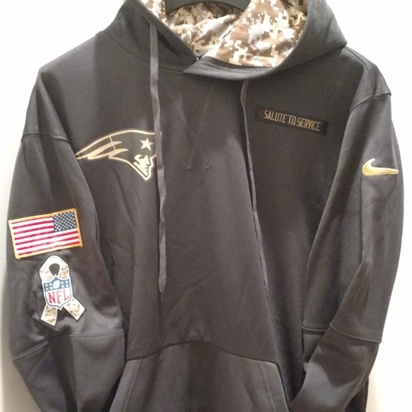 release date e38f9 e8627 NWOT Patriots Salute To Service Hoodie