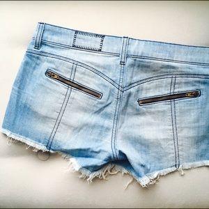 Siwy Pants - Frayed Jean Shorts