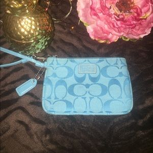 Coach Handbags - Beautiful Turquoise blue Coach wristlet 💎