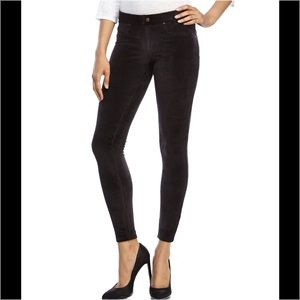 HUE Pants - Hue Black Suede Corduroy Leggings