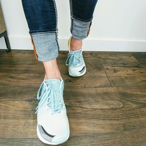 Altra Shoes - Altar Impulse Light Blue Running Shoes