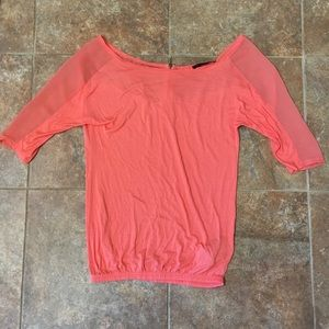 Tops - *MOVING SALE*BUY NOW* Peach 3/4 Sleeve Top