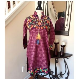 Tops - Purple Magenta Embroidered Tunic Top Blouse