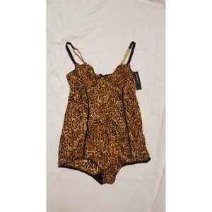 Ambrielle Other - NWT Leopard Bodysuit, size Medium