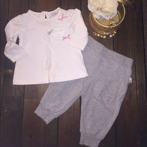 Zoe Ltd Other - Very Cute Baby Outfit