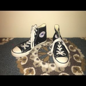 Converse All Star black size 7 WOMEN or 5 MENS