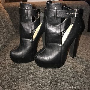 Paper Fox Shoes - Edgy and sexy platform bootie