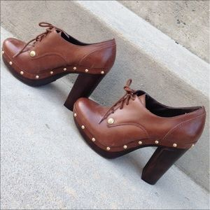 Vince Camuto oxford booties
