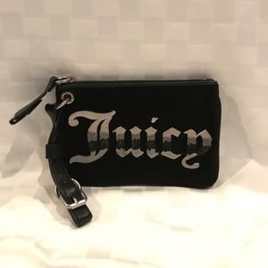 Juicy Couture Handbags - Juicy Couture clutch