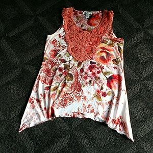 Floral polyester sleeveless with embroidered