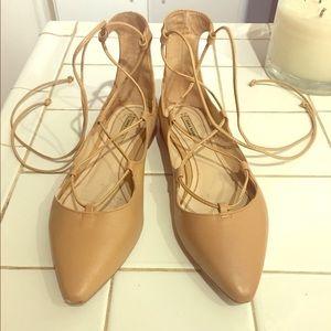 Lace up Zara ballerina point toe flats.