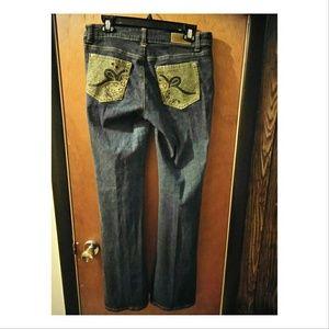 🍒Rocawear🍒 Juniors jeans sz 11 Curvy fit