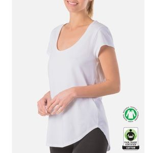 Tops - NWT Relaxed Fit Organic Cotton Tee XL