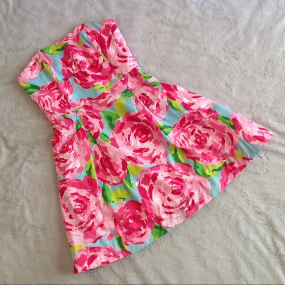 f5f4e4c968b6f9 Lilly Pulitzer Dresses & Skirts - Lilly Pulitzer Hotty Pink First  Impression Blossom