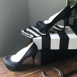 L.A.M.B. Shoes - Gwen Stefani L.A.M.B. black satin heels Size 6 1/2