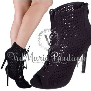 Gorgeous Lace Up Open Toe Bootie Heel