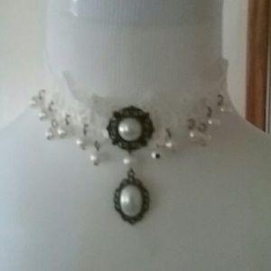 Jewelry - Choker