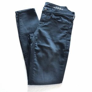 GAP Denim - GAP black legging jean.