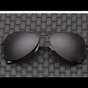 ⚡️SALE⚡️Black aviators sunglasses
