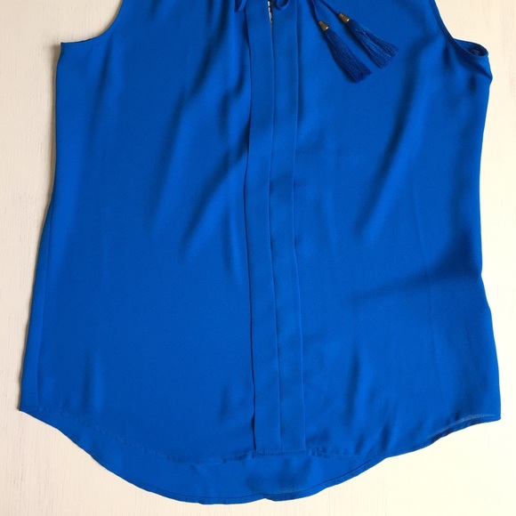 Rose & Olive Tops - Rose & Olive royal blue sleeveless top; size XS